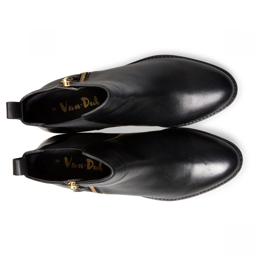 Barlow - Black Leather